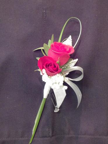 Piggyback Boutonniere Upgrade